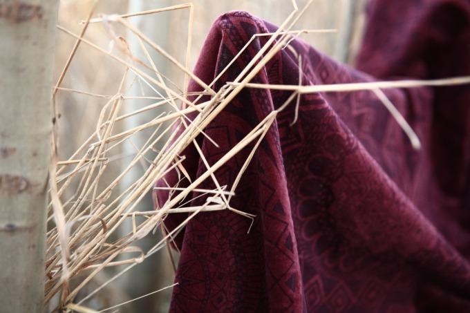 cotton velvet detail.